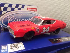 Carrera D132 Ford Torino Nascar 30755