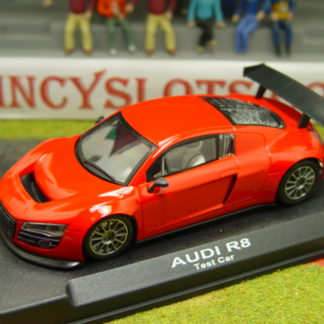 NSR 1086 Audi R8 Street car red