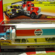 Autoworld Classic Pepsi Racing Rig Xtraction