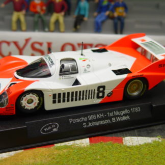 Slot.it 1/32 Analog RTR Porsche 956KH #8 Marlboro Livery 1/32 RTR - 1st Place 1983 Mugello (Italy) 1,000km - Drivers : Stefan Johansson & Bob Wollek