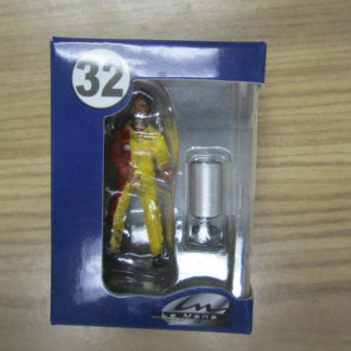 Le Mans Miniatures Figure FLM132034 Michel Refueller