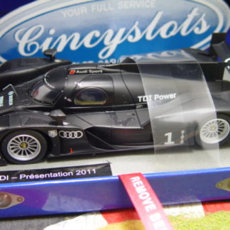 Le Mans Miniatures 132056 Audi R18 Presentation 2011