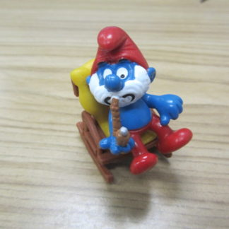Smurfs Papa Smurf sitting in a rocking chair BOX 4