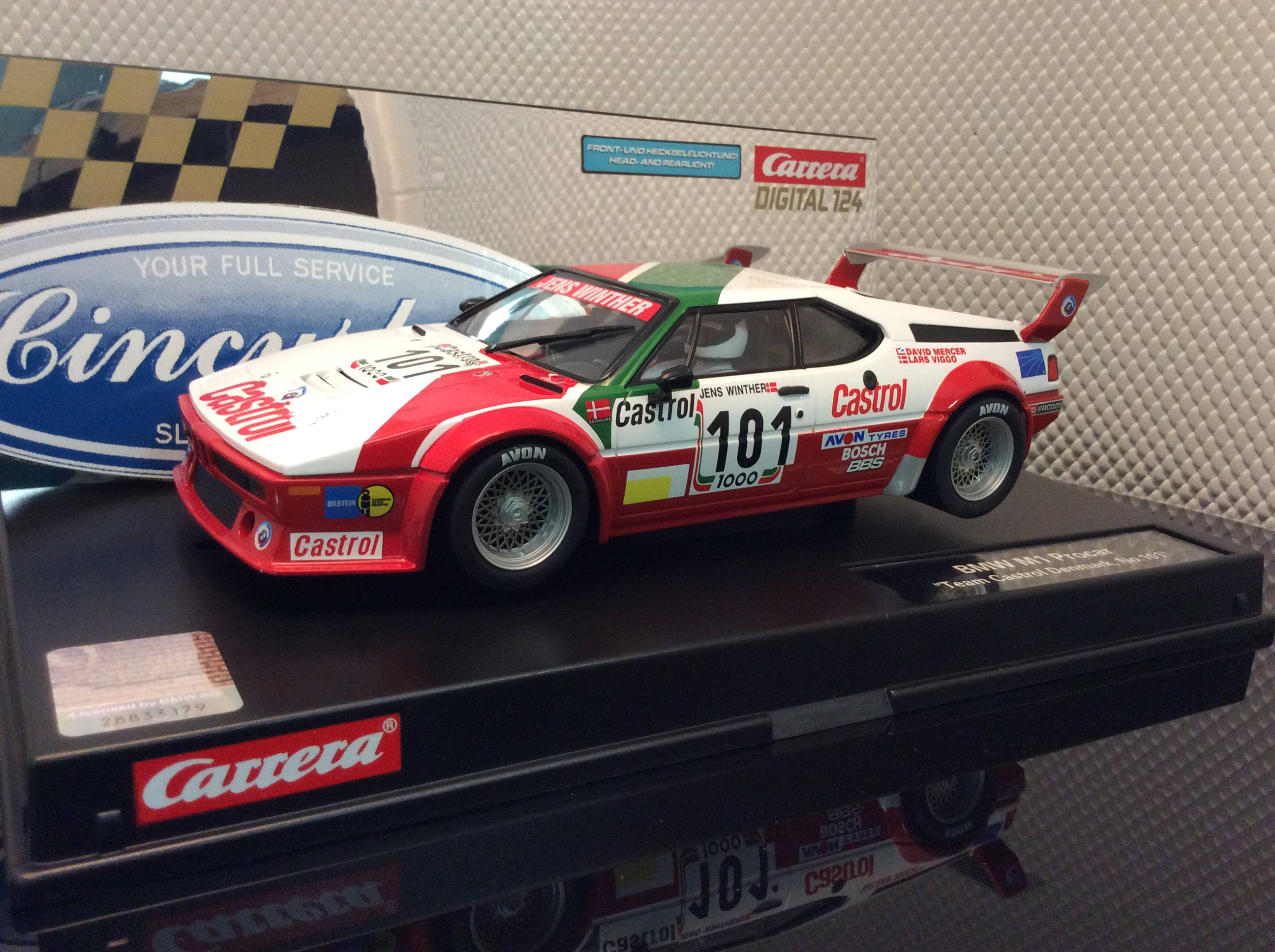 carrera d124 23842 bmw m1 procar racing 101 slot car. Black Bedroom Furniture Sets. Home Design Ideas
