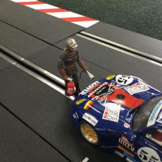 Le Mans Miniatures FLM132058M Jean-Luc Pompier Fireman Slot Car Figure.