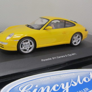 AutoArt 14121 Yellow Porsche 911 Carrera S Type 997.