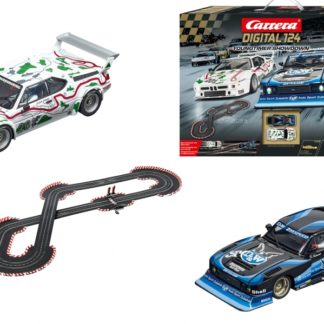 Carrera Digital 1/24 23626 Youngtimer Showdown Set with Wireless Controllers.
