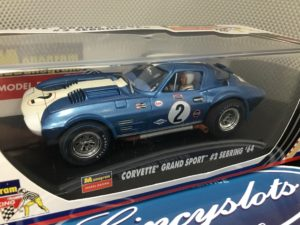 Monogram 85-4859 Corvette Grand Sport #2 Sebring 1964.  Lightly Used, Looks New!!