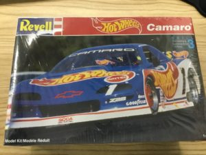 Hot Wheels 1992 Chevrolet Camaro Jack Baldwin SCCA Model Kit NEW.