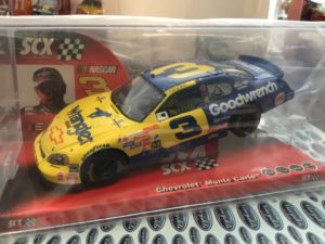 SCX 63350 Chevrolet Monte Carlo Earnhardt Nascar 1/32 Slot Car.