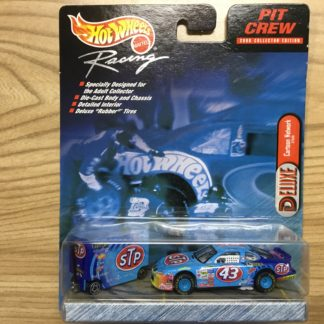 Hot Wheels 2000 Deluxe STP Cartoon Network Nascar Pit Crew 27520.