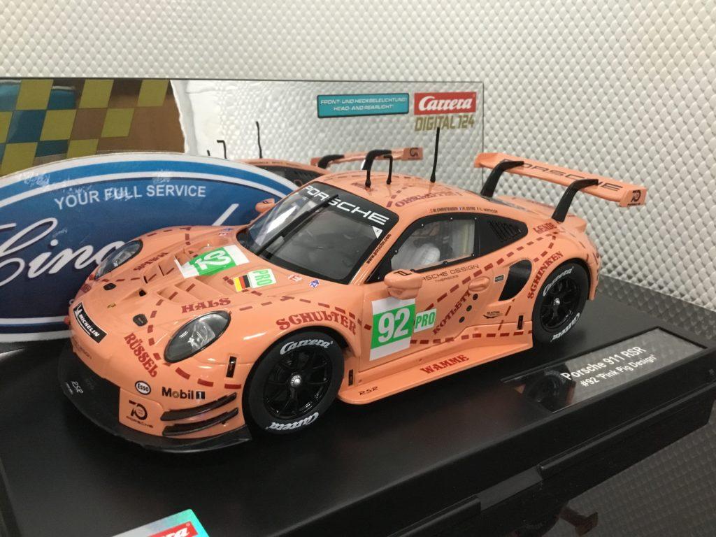 Carrera D124 23886 Porsche 911 RSR Pink Pig #92 1/24 Scale.
