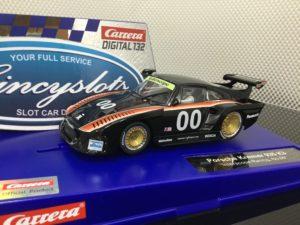Carrera D132 30899 Porsche Kremer 935 #00 1/32 Slot Car.