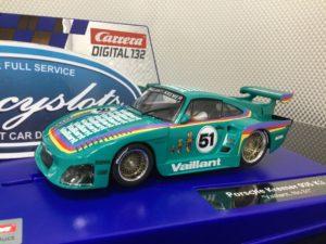 Carrera D132 30898 Porsche Kremer 935 Vaillant #51 1/32 Slot Car.