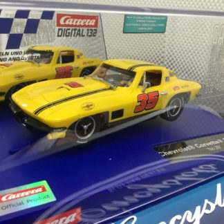 Carrera 30906 D132 Chevrolet Corvette Sting Ray #35 1/32 Slot Car.