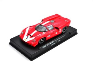 ThunderSlot CA00101S/W Lola 1/32 Slot Car.