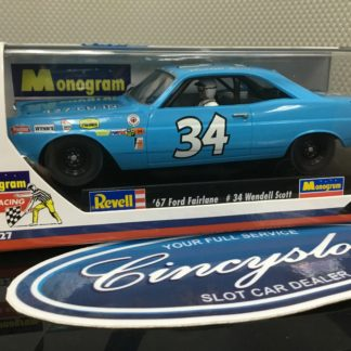 Monogram 85-4827 Wendall Scott Ford Fairlane Nascar NEW.