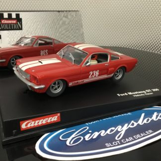 Carrera Evolution 25713 Ford Mustang GT 350, Lightly Used.