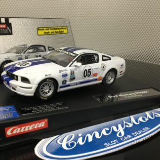Carrera Evolution 27134 Mustang FR500, Lightly Used.