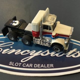 AFX Semi Tractor Trailer Extended Chassis White. HO Slot Car.
