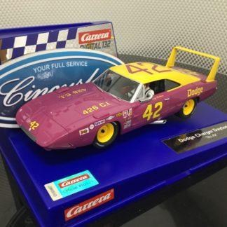 Carrera D132 30941 Dodge Charger Daytona #42.