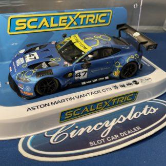 Scalextric C4076 Aston Martin Vantage GT3.