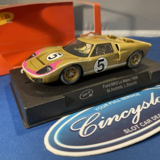 Slot.it CA20c Ford GT40 MKII '66 Le Mans #5. 1/32 Slot Car. Used.