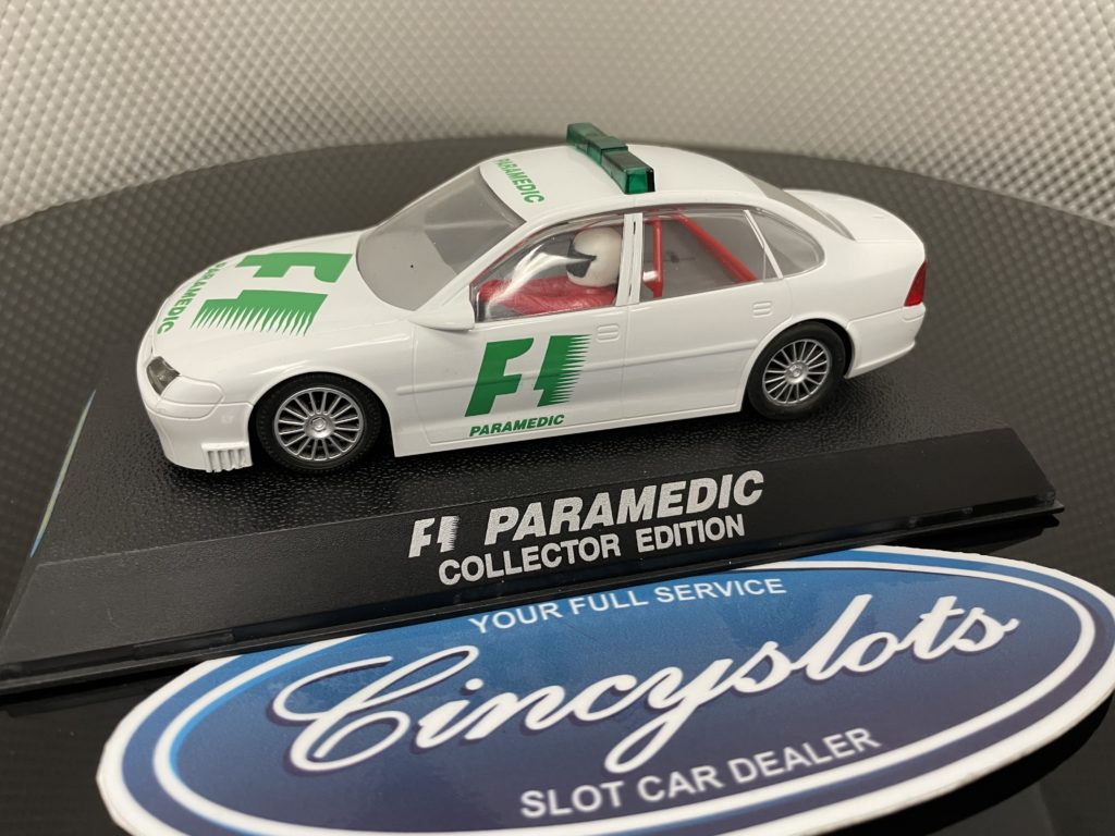 Scalextric C2197 UK Vauxhall Vectra F1 Paramedic Collector Edition, Used.