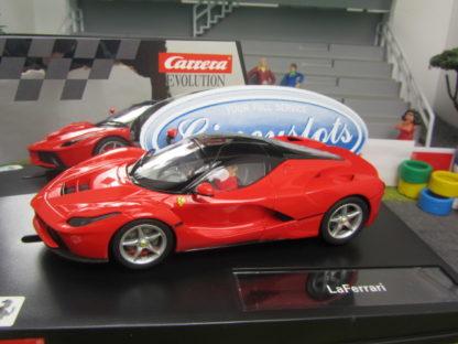 Carrera Evolution Ferrari La Ferrari 27446