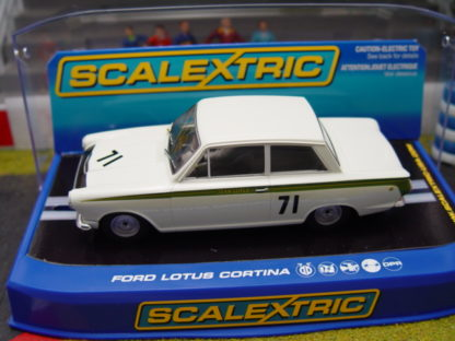 Scalextric C2913 Ford Lotus Cortina
