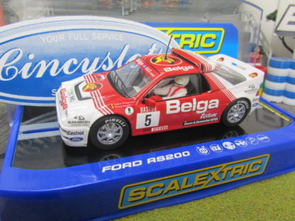 Scalextric C3637 Ford RS200