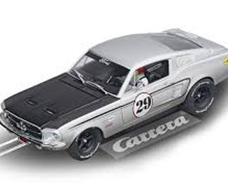 Carrera D132 30794 Ford Mustang GT #29 Slot Car