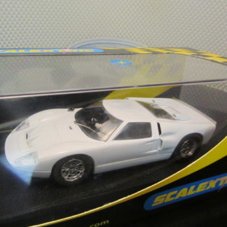 Scalextric C2473 Ford GT40 MKII Plain White Slot Car