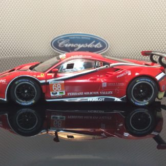 Carrera D132 30809 Ferrari 488 GT3 Scuderia Corsa #68