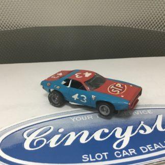AFX RICHARD PETTY STP NASCAR #43 GREY WHEELS RED BUMPER HO SLOT CAR. SLIGHTLY USED.