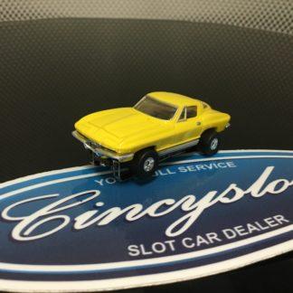 AutoWorld Classic Corvette Yellow Thunderjet T-Jet HO Slot Car.