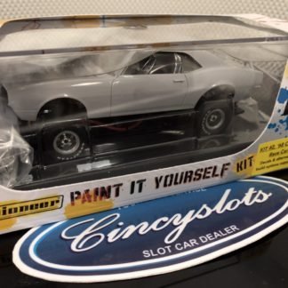 Pioneer 1968 Camaro Z-28 White Kit 2.