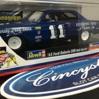 Monogram 85-4887 Ned Jarrett Ford Fairlane Nascar NEW.