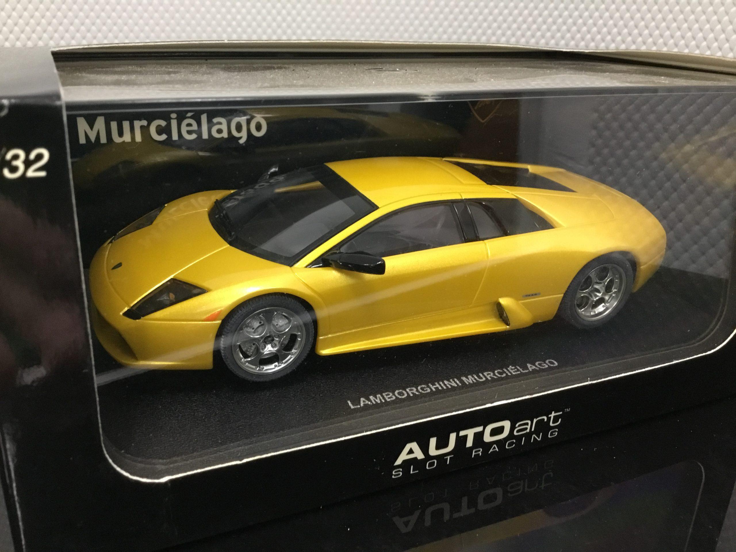 AutoArt 13021 Lamborghini Murcielago 1/32 Slot Car.