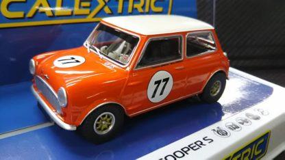 Scalextric C4154 Austin Mini Cooper S.